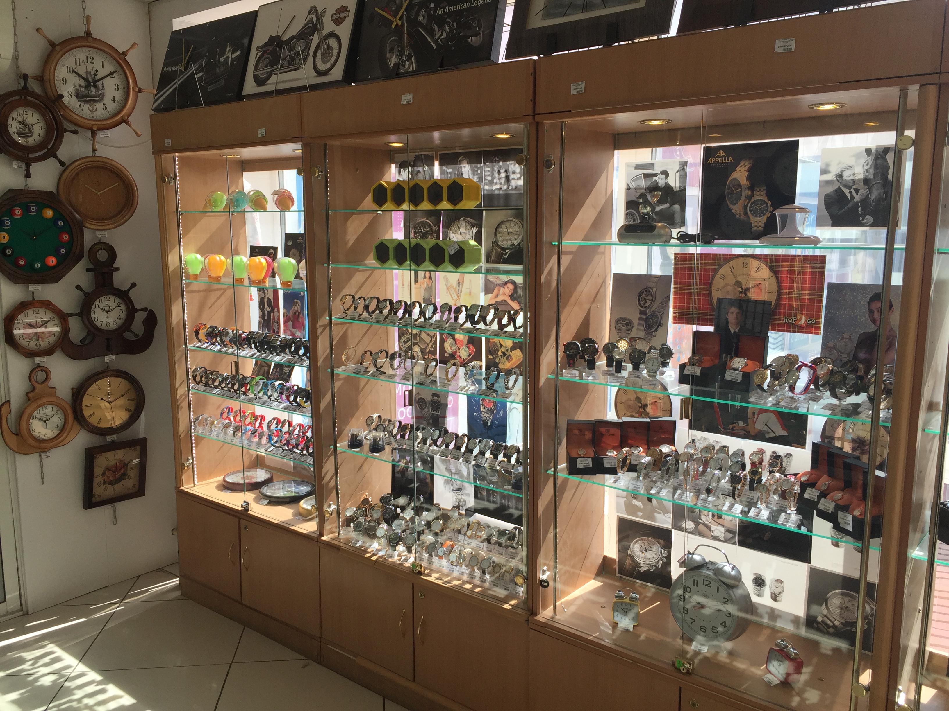 Товар магазина Часы